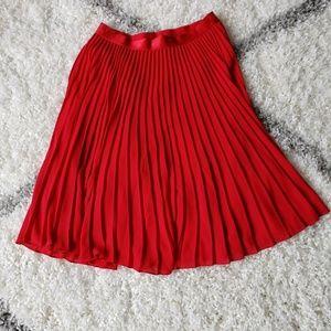 Express Pleated Accordion Midi Skirt